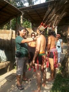 Upacara selamat datang suku Murut. Foto: Silvia Galikano