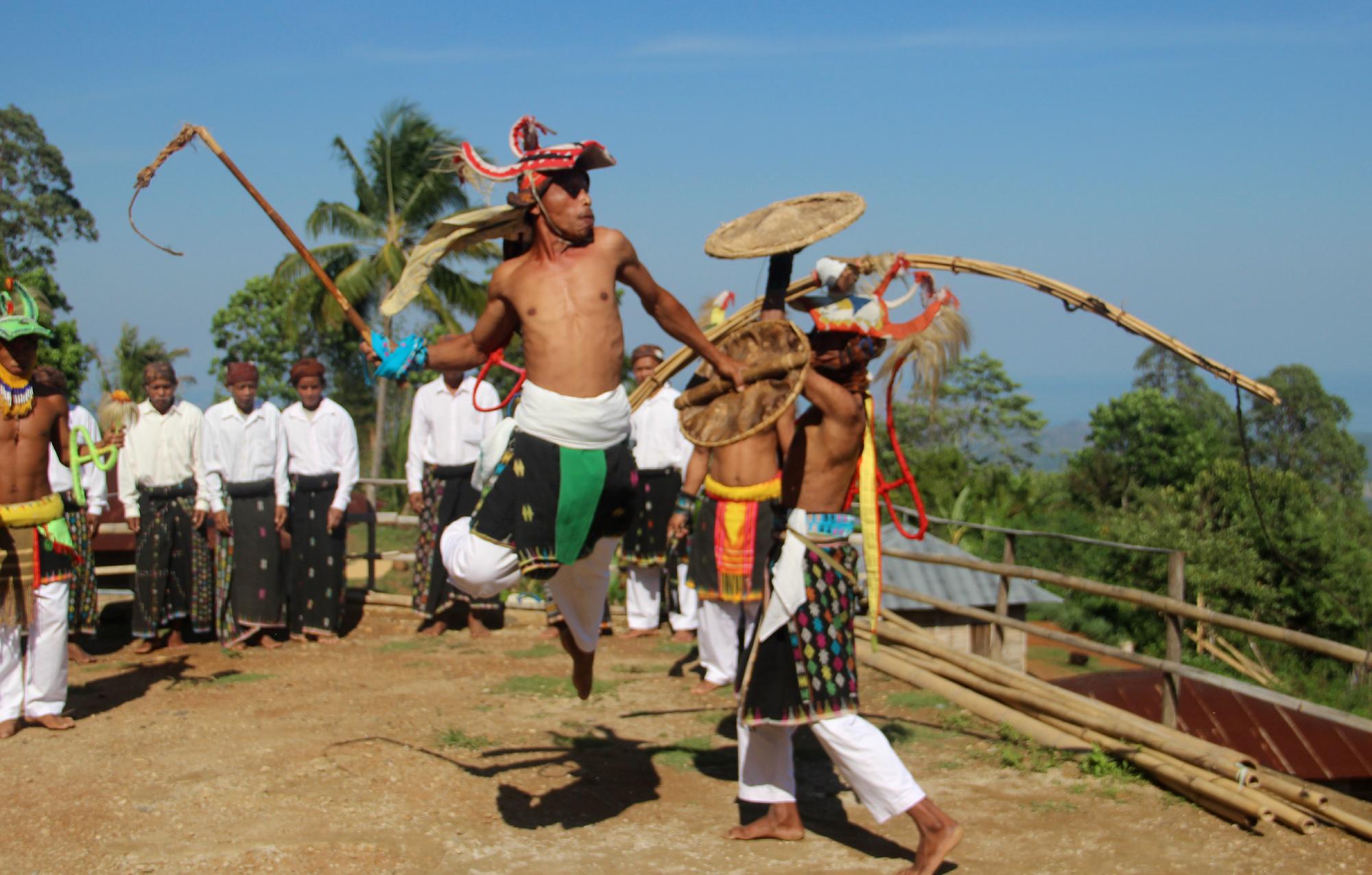 Caci, bela diri, Manggarai, Melo, Liang Ndara, Manggarai Barat, Nusa Tenggara Timur, NTT